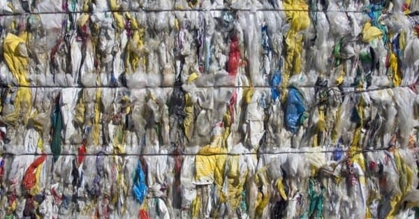 , Governor Cuomo announces a bill to ban single-use plastic bags in New York state | Inhabitat, The Circular Economy