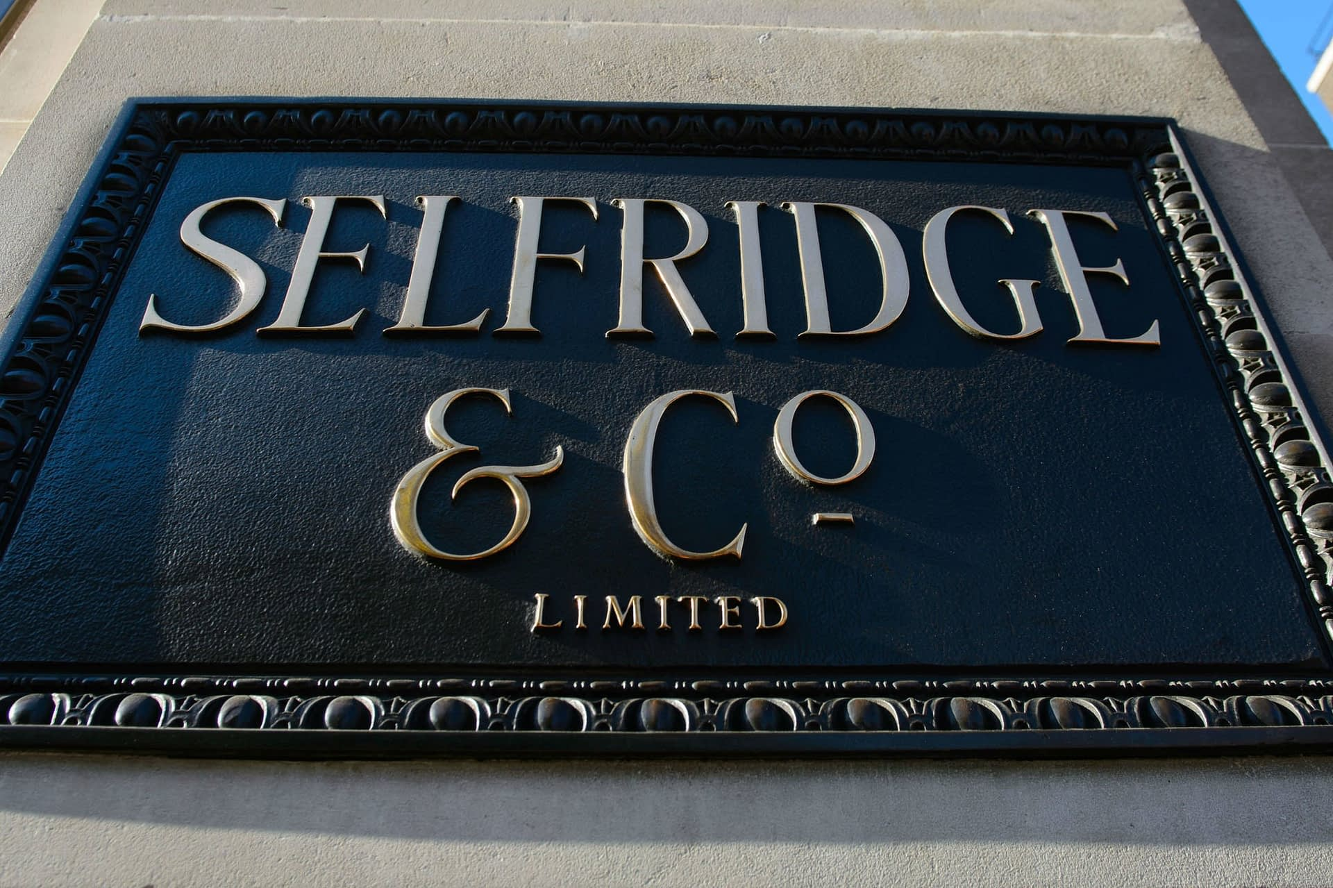 , Selfridges ditches single-use plastic carbonated drinks bottles, The Circular Economy