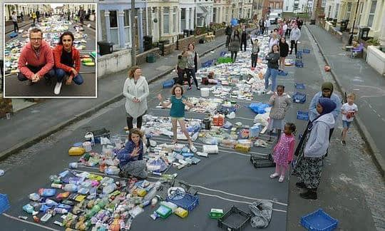 , Startling photo reveals the 15,774 pieces of single-use plastic found on a single street, The Circular Economy