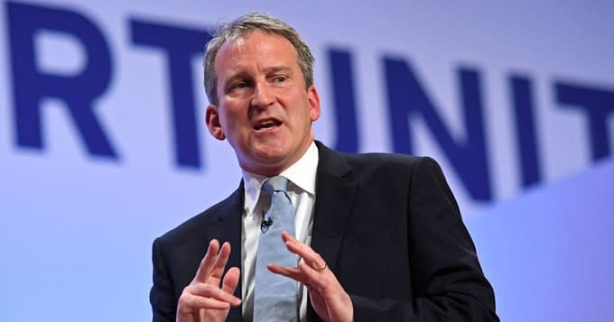 , Damian Hinds challenges all schools to go single-use plastic free by 2022, TheCircularEconomy.com