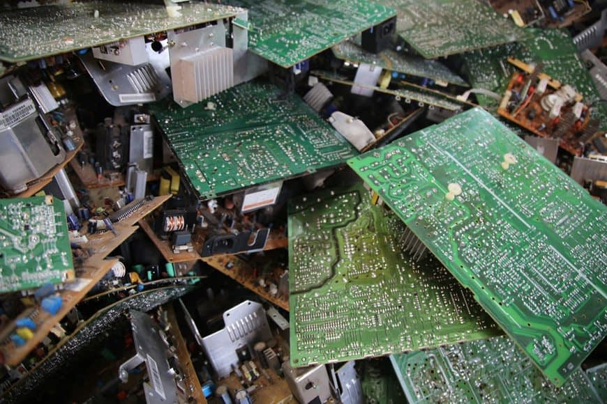 , Dell Successfully Recycles 2 Billion Pounds of E-Waste – Reusing would be so much better.,.., The Circular Economy